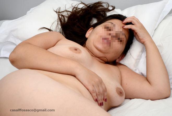 Minha esposa safada 02 Esposa mostrando o bucetão
