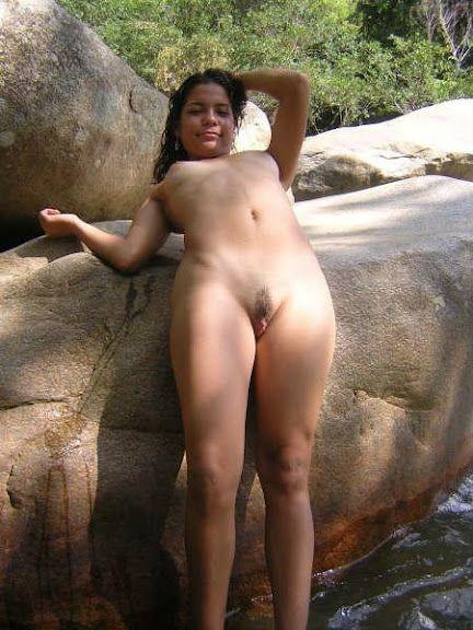 Morena Novinha Greluda Pelada Na Cachoeira Postado Em Amador Caiu